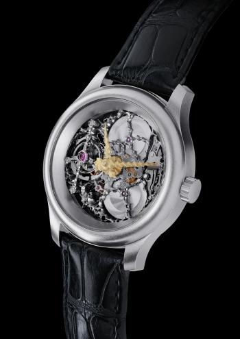 Platinum_Tourbillon_Front_resized